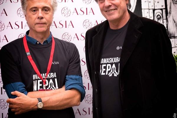 Carlo Massarini (a dx) con il Direttore di ASIA