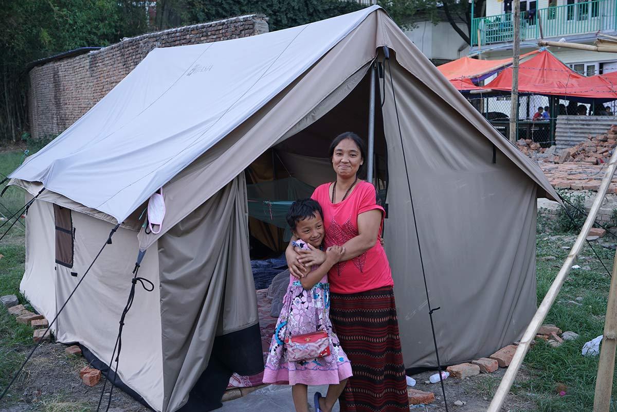 Nepal_DistribuzTende_Terremoto2015