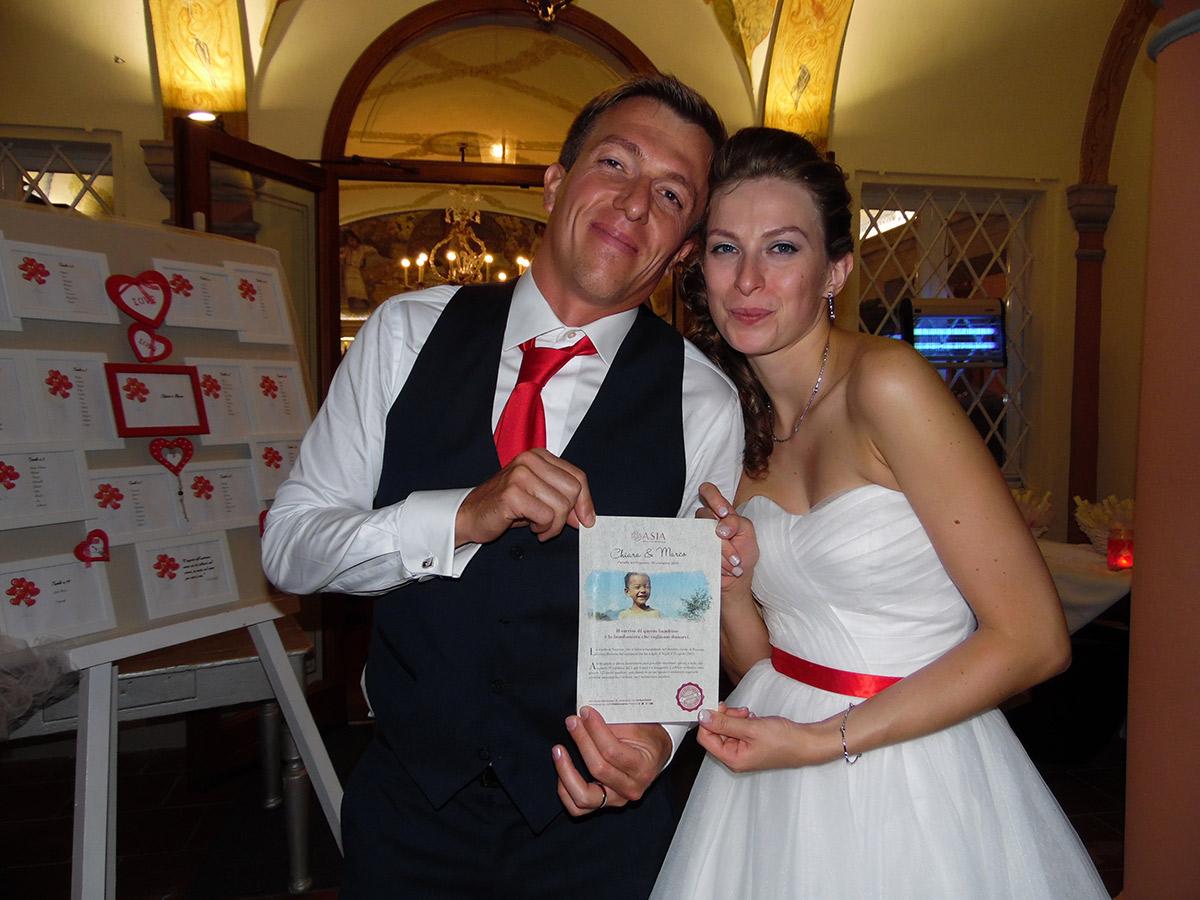 Marco e Chiara hanno scelto le bomboniere solidali di ASIA